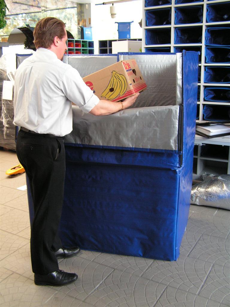 Krautz Temax thermohoes isolatiehoesz koelhoes supermarkt vers koel diepvries temperatuurbescherming pallets rolcontainers