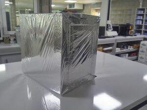 Temas piepschuim reflecterende doos voor transport van medicijnen en farmaceutica
